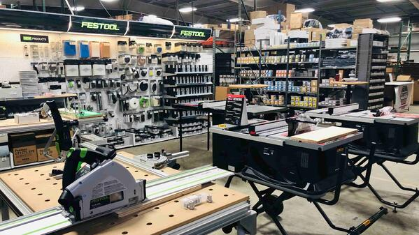 Local Tool Store - US Tool Showroom Floor